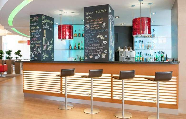 Novotel Brussels Off Grand Place - Bar - 6