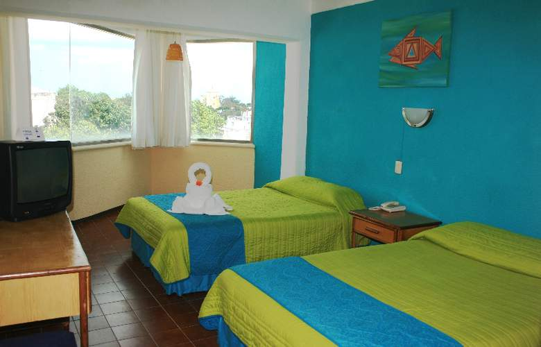 Plaza Cozumel - Room - 6