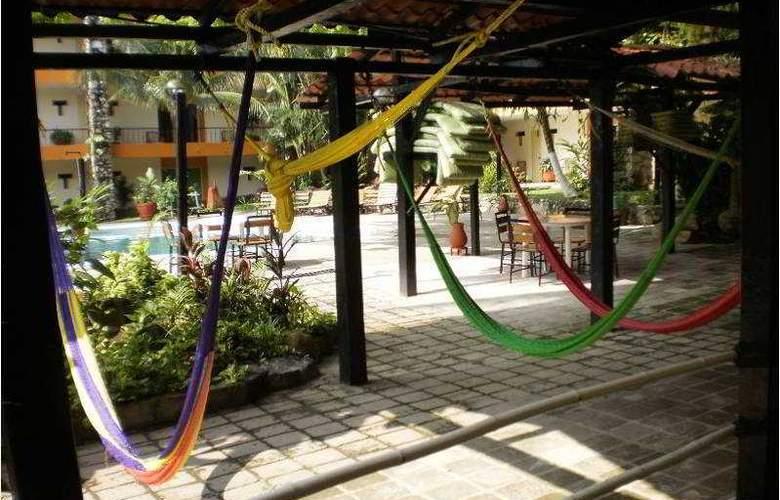 Plaza Palenque - Terrace - 14