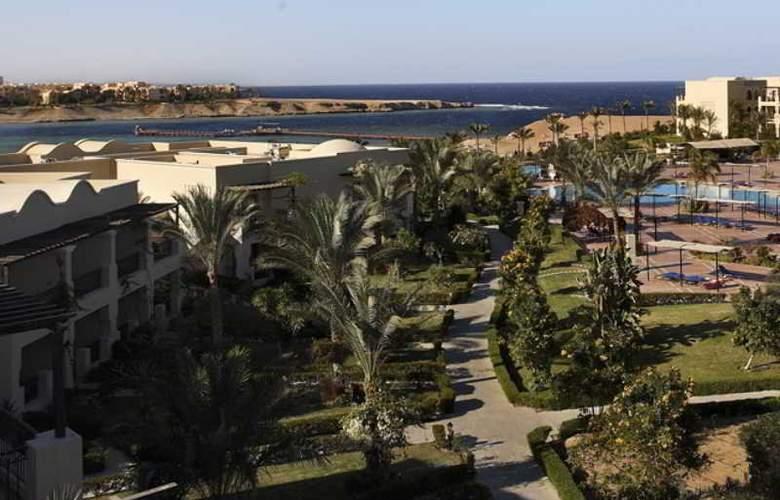 Jaz Lamaya Resort - Hotel - 4