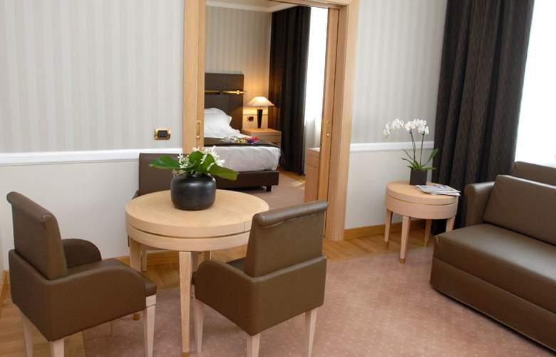 Grand Hotel Duca Di Mantova - Room - 25