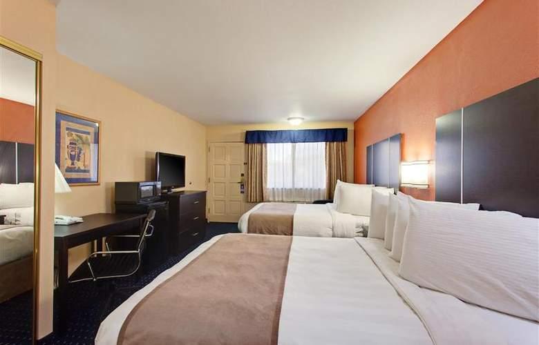 Best Western Desert Villa Inn - Room - 23