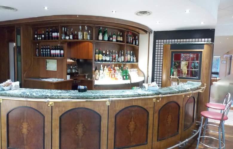 Holiday Inn Venice - Mestre Marghera - Bar - 16