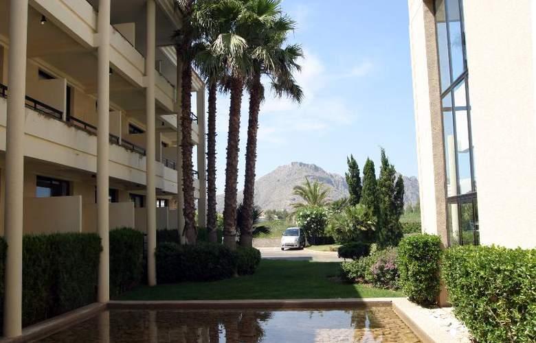 Fortune Resort Central - Hotel - 0