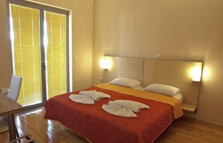 Sorta Apartments - Room - 2