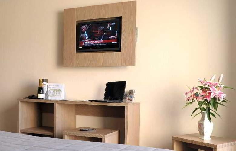 INTER-HOTEL De France - Room - 9
