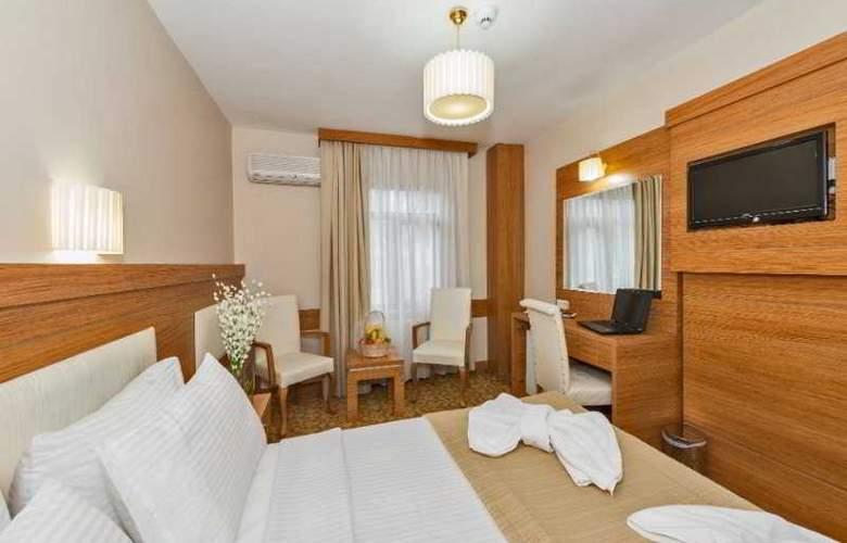 Selenay Hotel - Room - 4