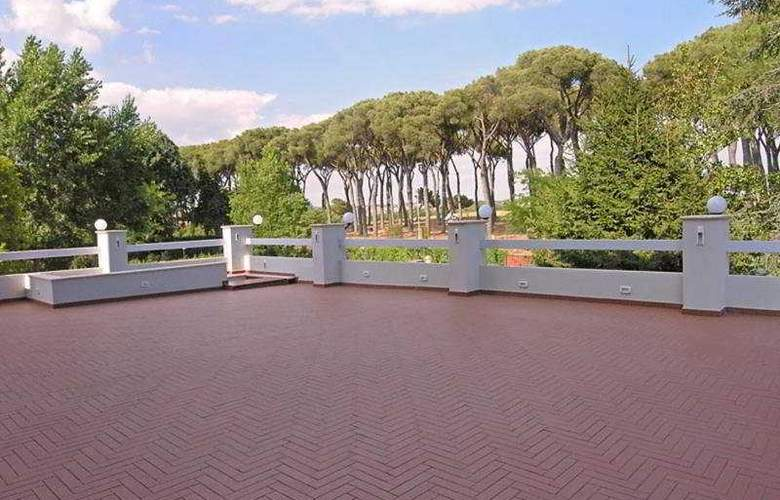 Pinewood Hotel Rome - General - 3