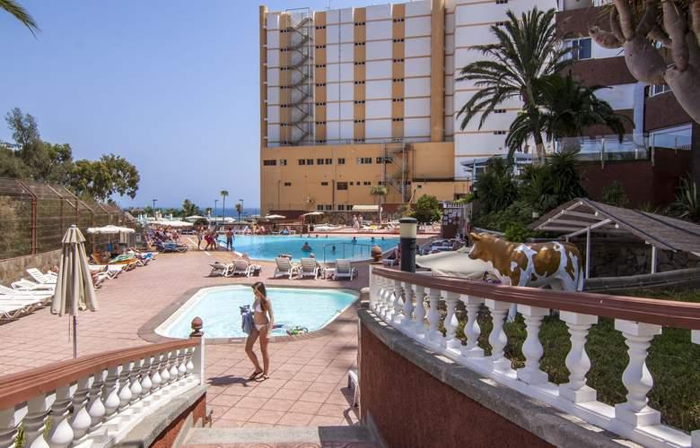 Corona Roja - Pool - 9