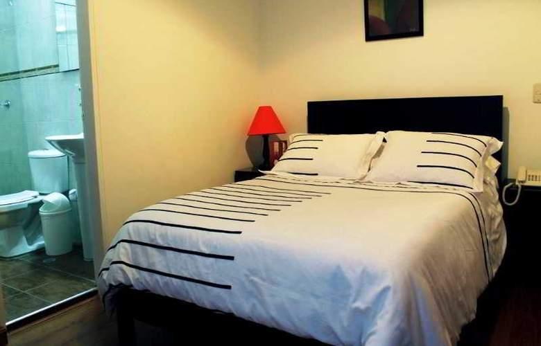 Real Estacion - Room - 8