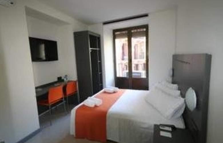 La Latina Apartamentos - Room - 2