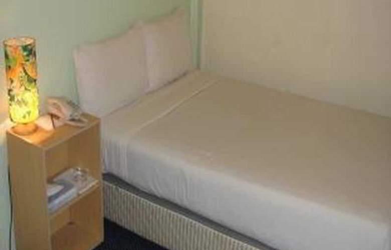 Hotel Sempurna - Room - 16