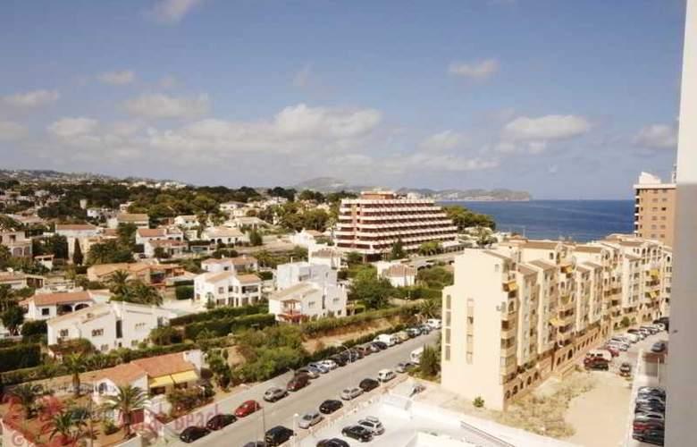 Coral Beach - Hotel - 1
