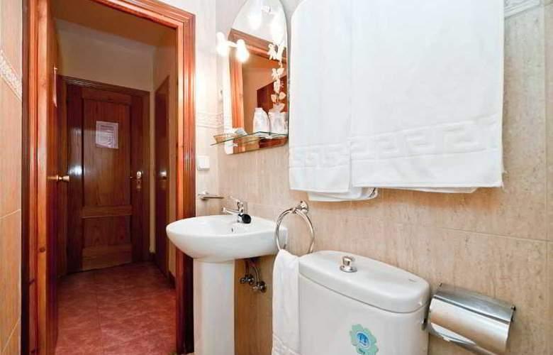 Oporto - Room - 30