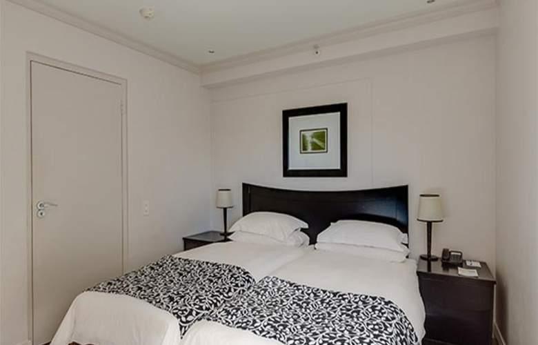 Protea Cape Castle - Room - 17