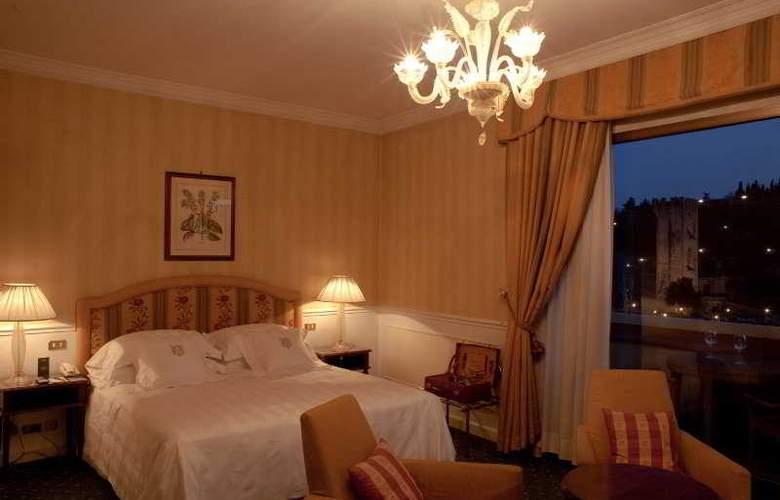 Plaza Lucchesi - Room - 2