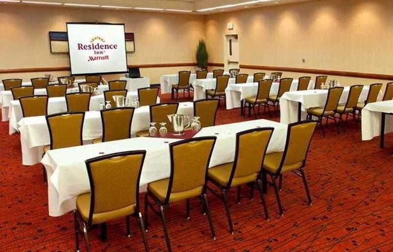 Residence Inn Oxnard River Ridge - Hotel - 14
