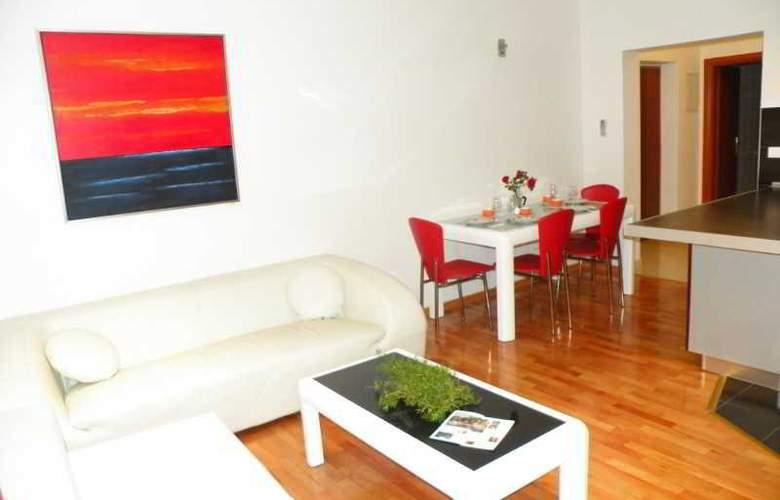 Villa Rosa - Room - 6