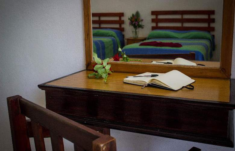 Punta Esmeralda Suites & Hotel - Room - 8
