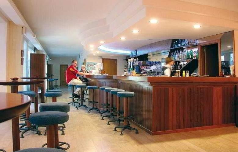 Hoposa Villaconcha Apartamentos - Bar - 7
