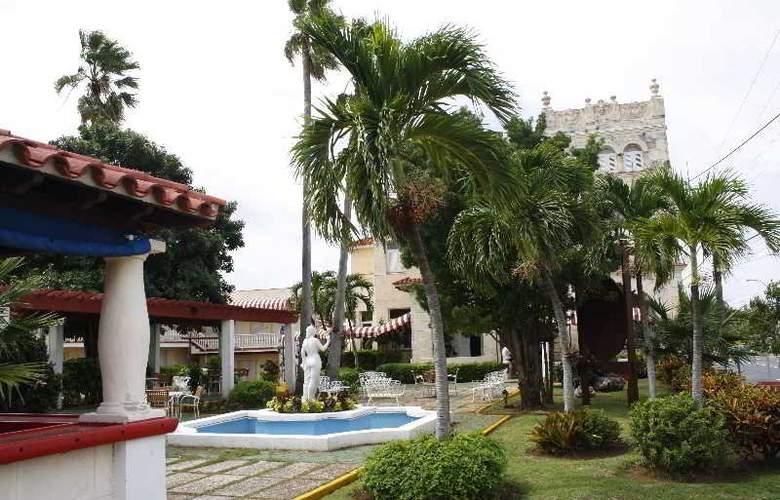 Sercotel Paseo Habana - Pool - 12
