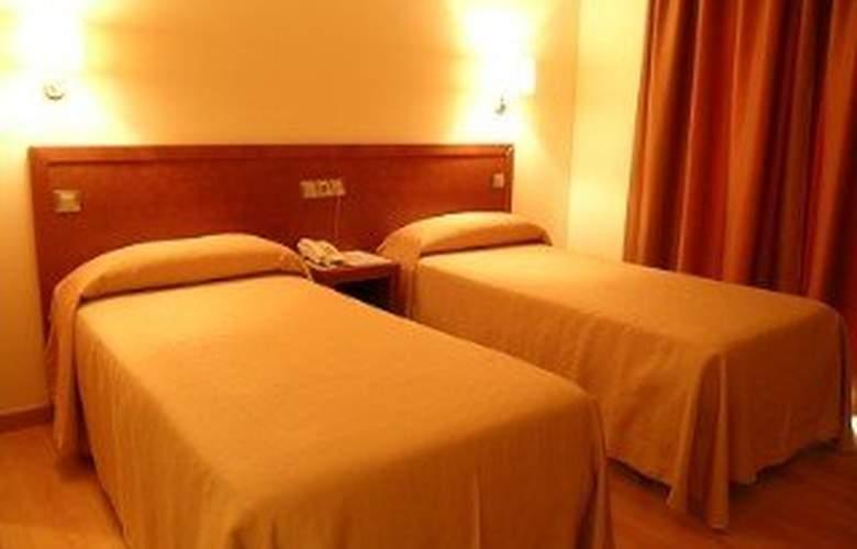 Playa Langosteira - Room - 2