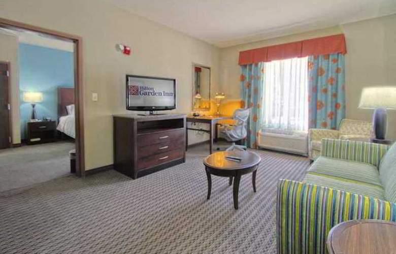 Hilton Garden Inn Tulsa Midtown - Hotel - 4