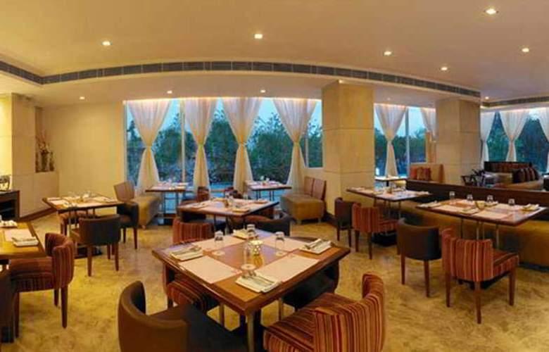 Royal Orchid Central Jaipur - Restaurant - 7