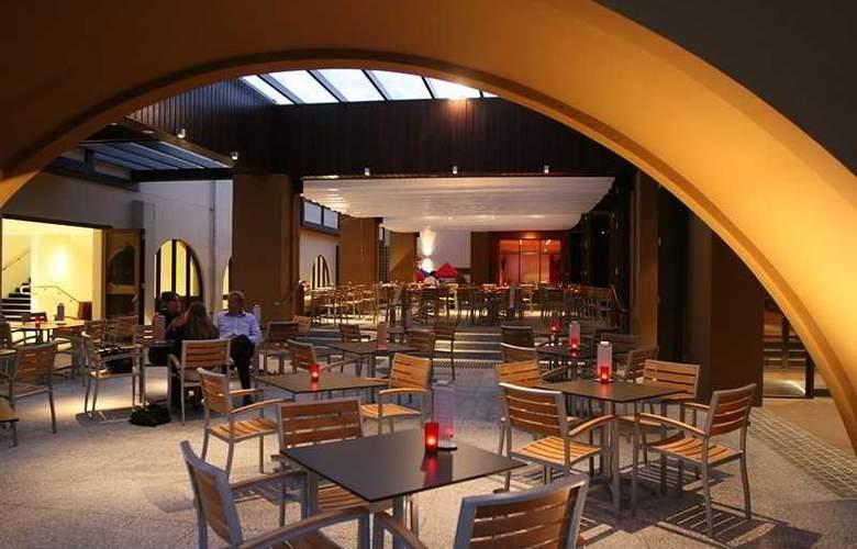 Quality Hotel Mermaid Waters - Bar - 3