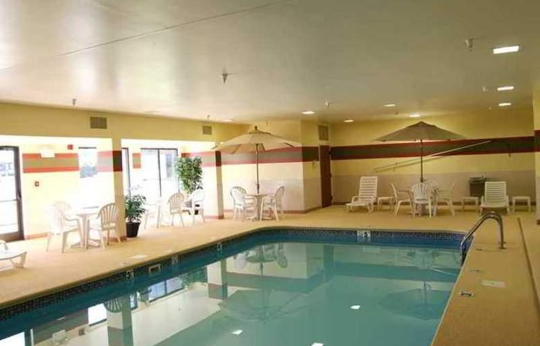 Hampton Inn Marion - Hotel - 2