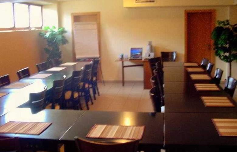 Oxford Timisoara - Conference - 7