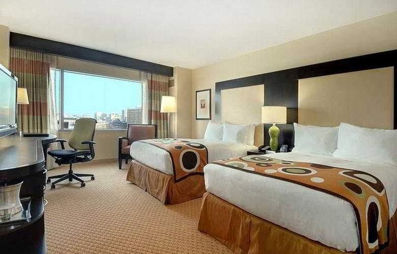 Hilton Baltimore - Room - 2