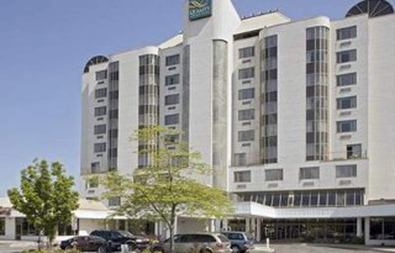 Quality Hotel & Executive Suites Oakville - Hotel - 0