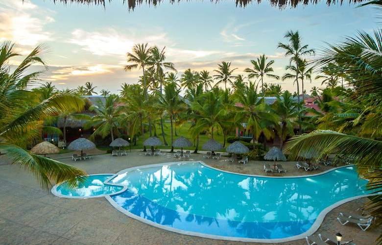 Tropical Deluxe Princess - Pool - 2