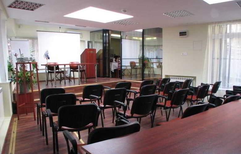 Atrium Bucharest City Center - Conference - 17