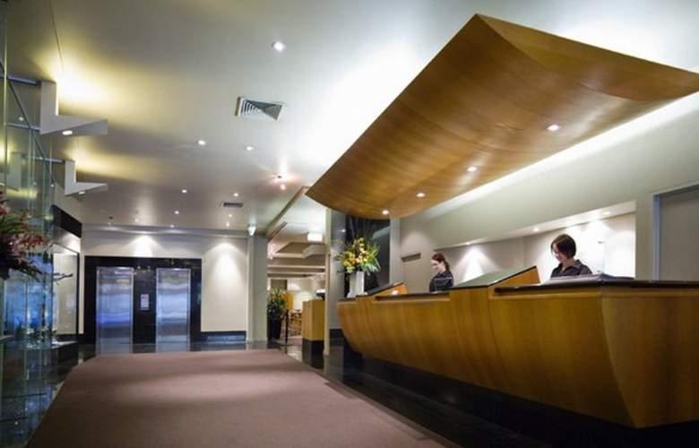 Grand Chancellor Melbourne - Room - 7
