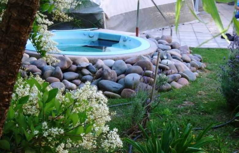 Apart Hotel Maue - Pool - 2