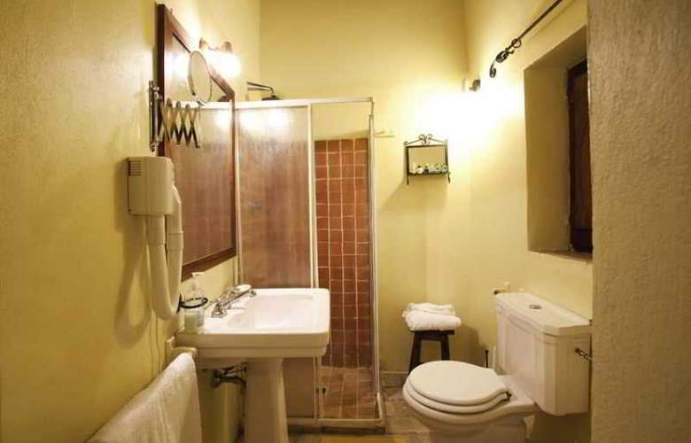 Castello Valenzino - Room - 1