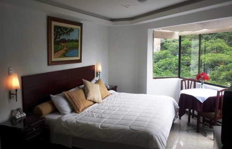 Granada Inn - Cali - Room - 11