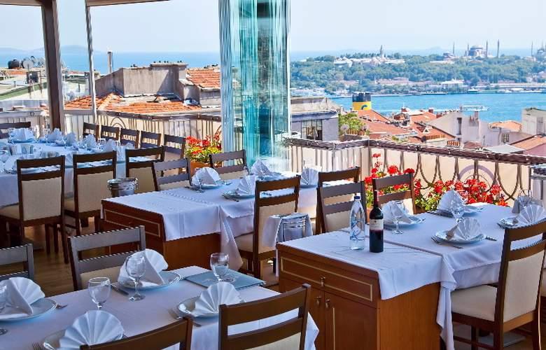 Villa Zurich - Restaurant - 17