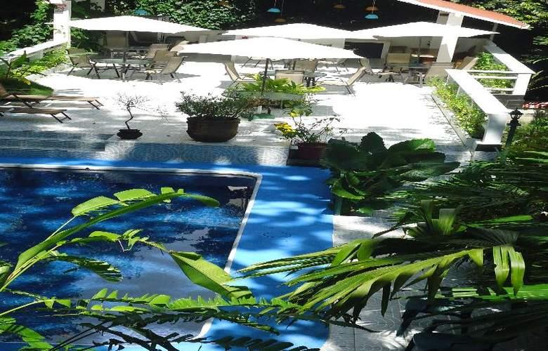 Mandarina - Terrace - 50