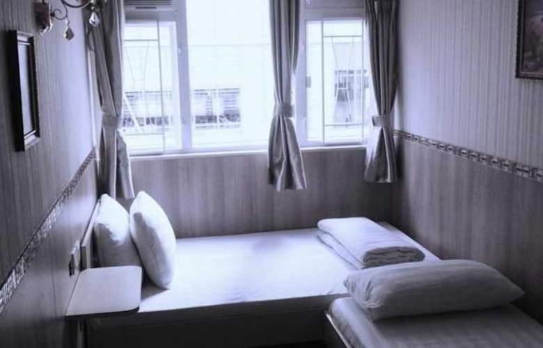 UK Deluxe - Room - 9