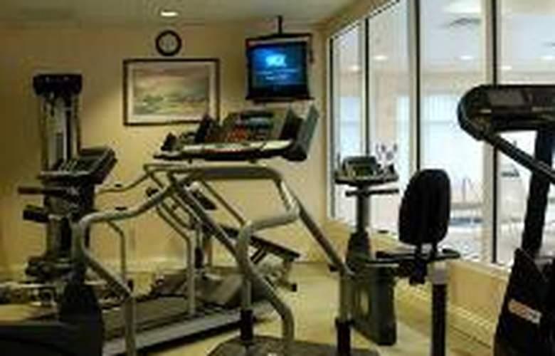 Hilton Garden Inn Islip/MacArthur Airport - Sport - 2