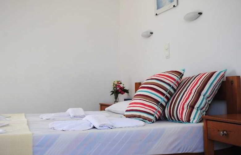 Mediterranean Studios - Room - 1