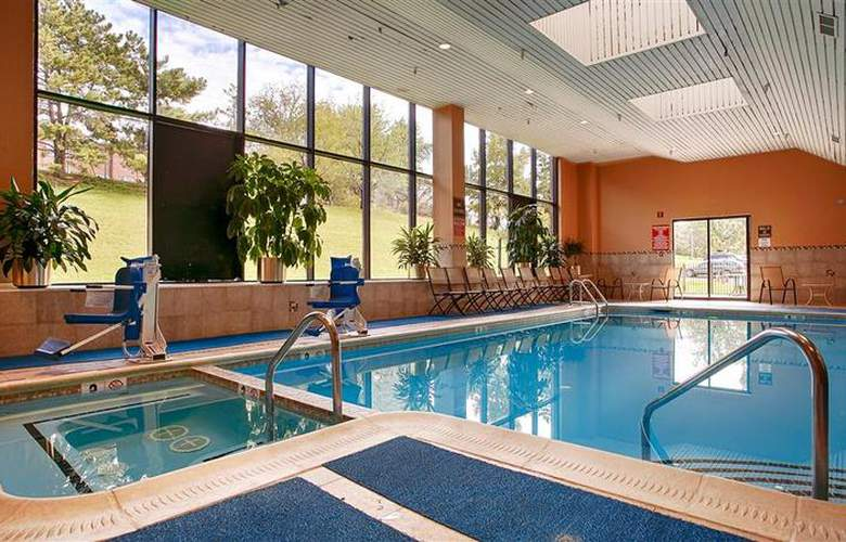 Best Western Hotel & Conference Cnt - Pool - 60