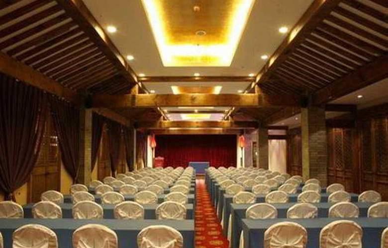 Auspicious Business - Conference - 2