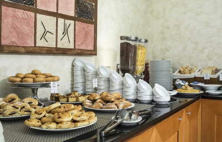 Exe Gran Hotel Almenar - Restaurant - 15
