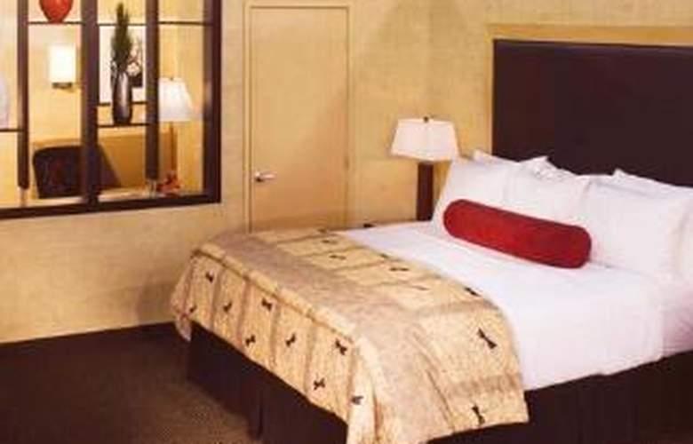 Cambria Suites - Room - 5