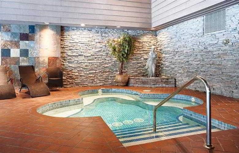 Jasper Inn & Suites - Pool - 1