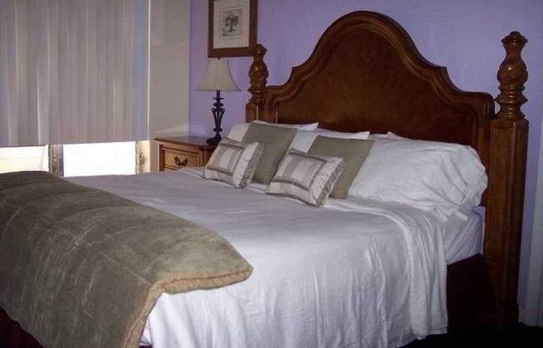 Cheston House - Room - 3